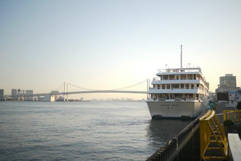 cruise02.jpg